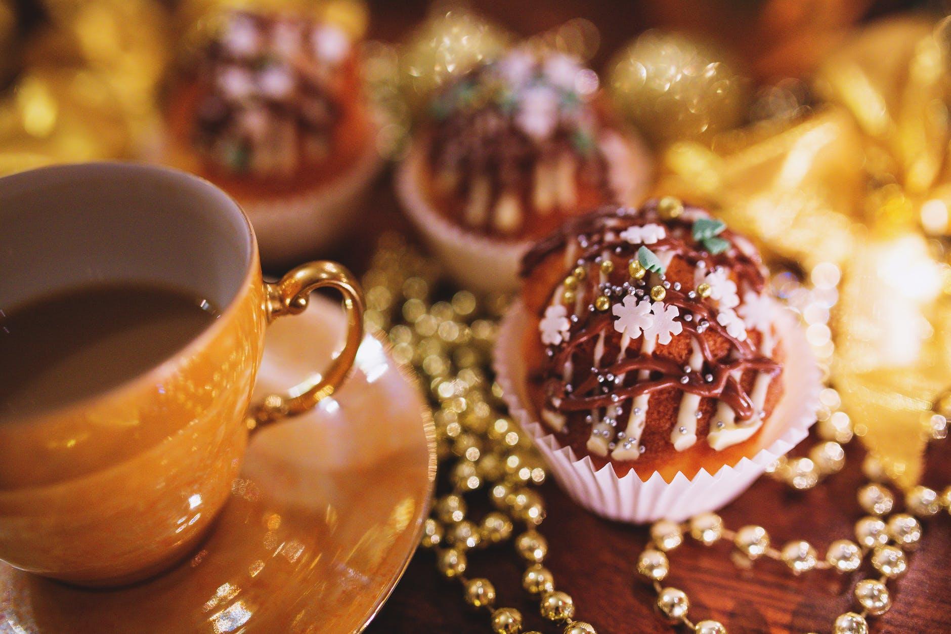 christmas cupcake coffee